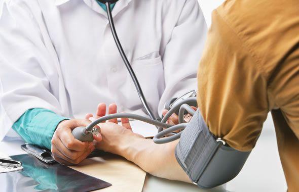ipertensione sintomi e cause