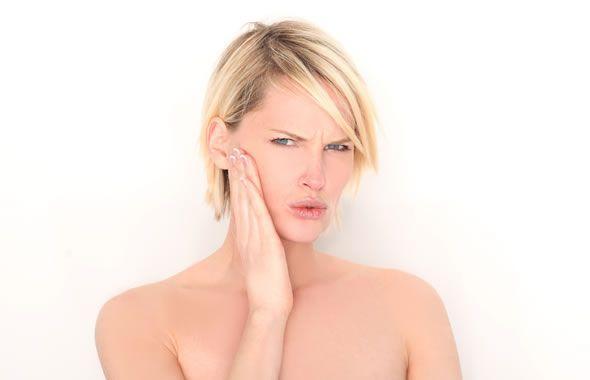 candida, attenzione da non confondere con il mal di denti