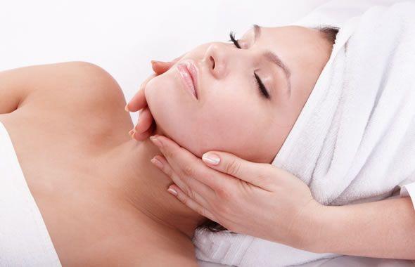 Acido ialuronico per la cura della pelle