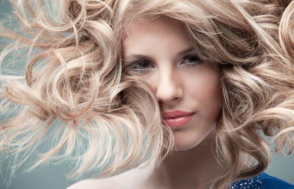 Tagli capelli ricci 2012
