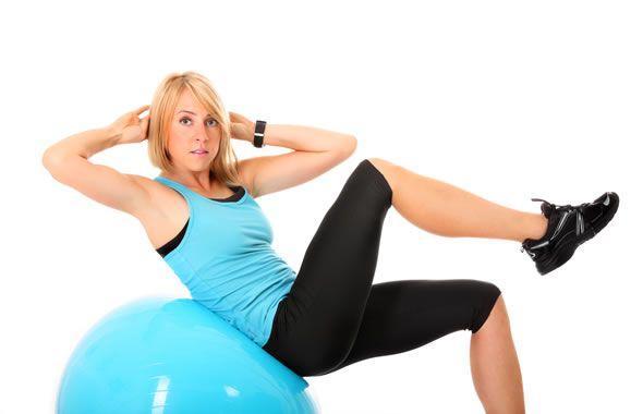 Esercizi interno coscia con palla