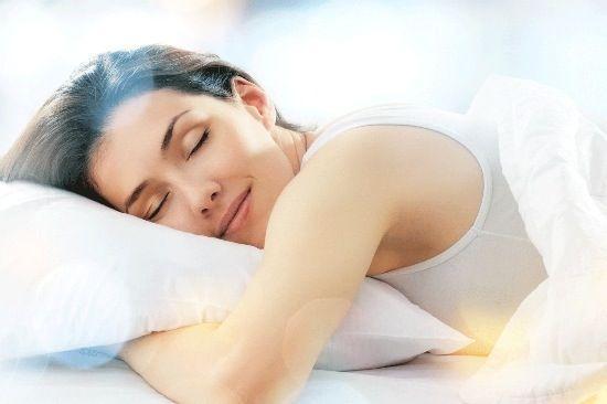 Dormire fa bene, previene l'ictus e fa anche dimagrire