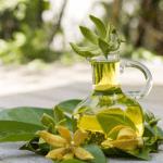 Olio essenziale ylang ylang: proprietà, benefici e modalità d'uso