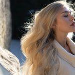 Capelli mossi: come ottenere un effetto ondulato senza stressare la chioma